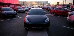 马斯克称2018年每周得到1万辆Model 3订单